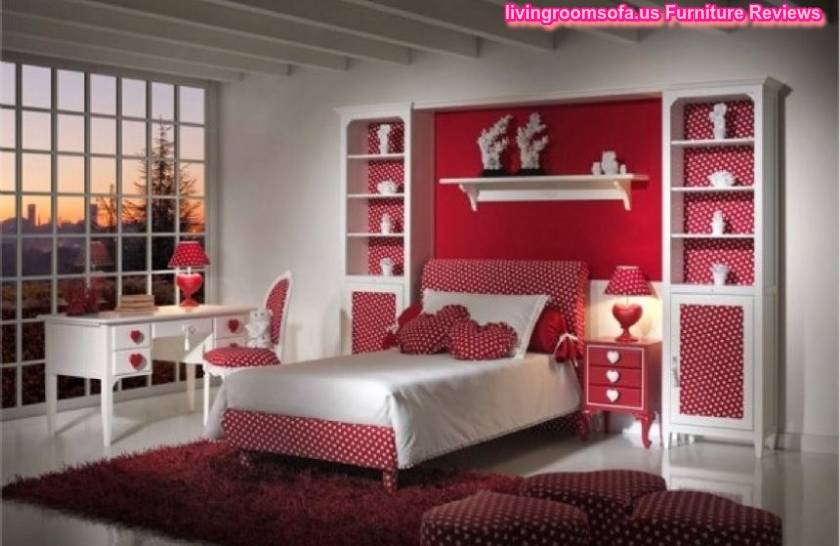 Bedroom Decorating Ideas For Young Lady