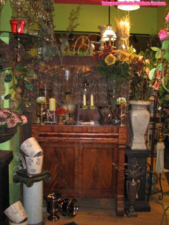 Classic Decorative Accent Pieces