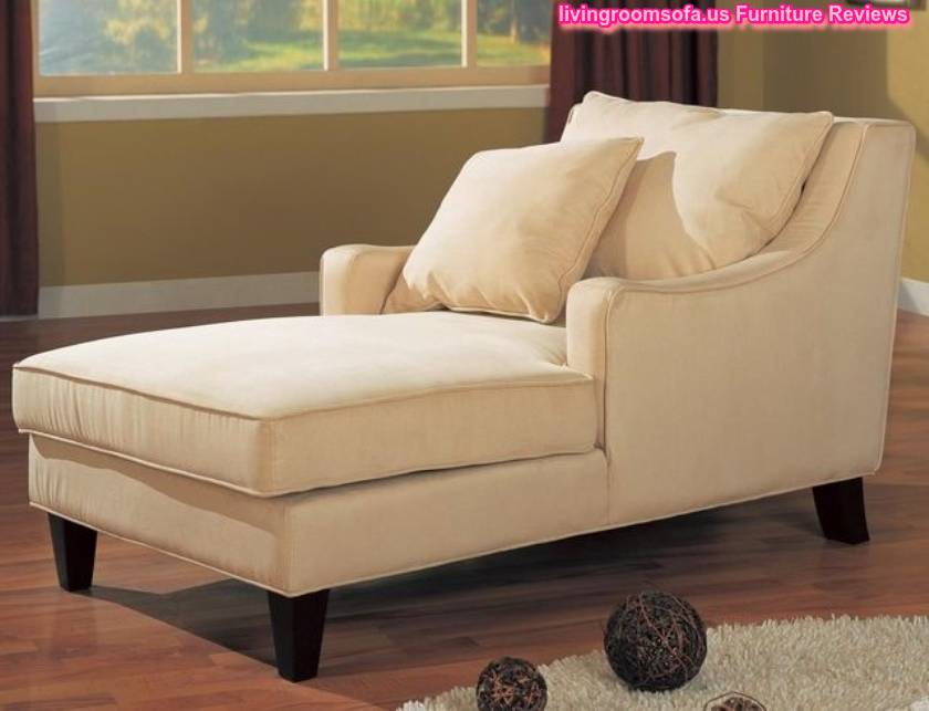 Bedroom chaise lounge chairs for woman for Bathroom chaise lounge