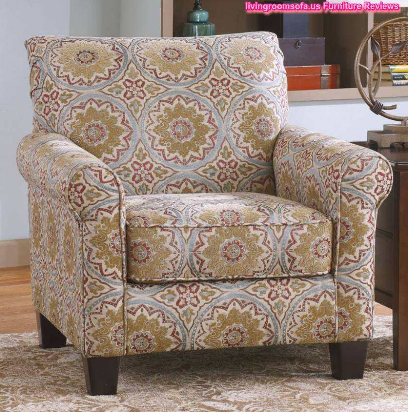 Pattern Accent Chair With Arms: Roll Arm Accent Chair With Antique Fabric Pattern