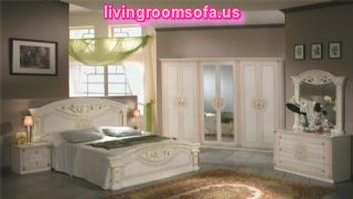Italian Classic Bedroom Furniture Designs