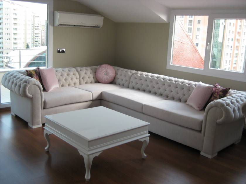 Chesterfield Corner Sofa White traditional style for living room