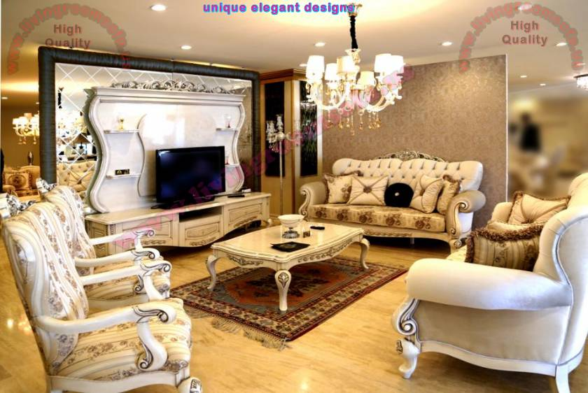Comfortable fabulous classic living room designs for Comfortable living room sets