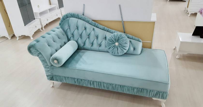 Queen Isabella chaise longe light blue velvet luxury lounges