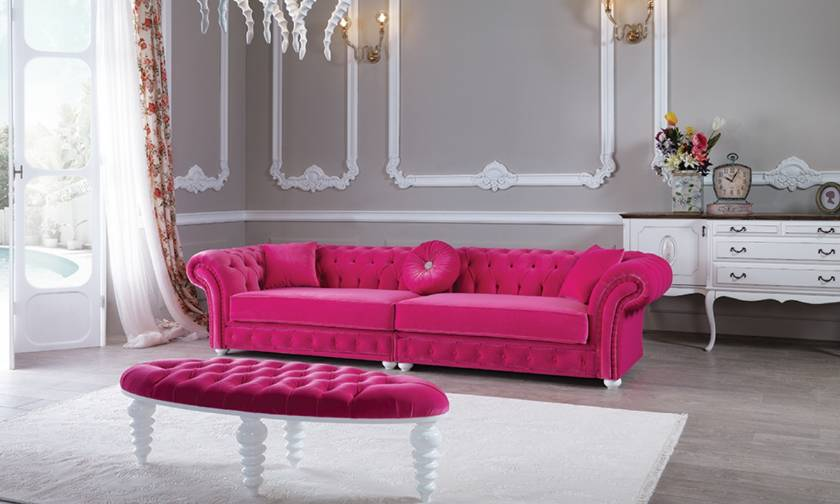 Red velvet chesterfield sofa Luxury of Los Angeles