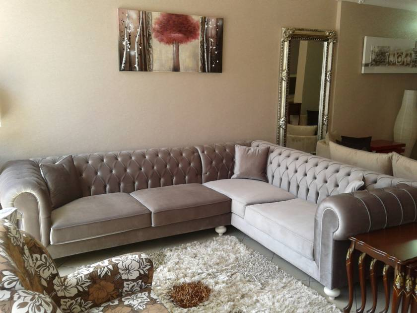 Small size luxury chesterfield corner sofa for small spaces