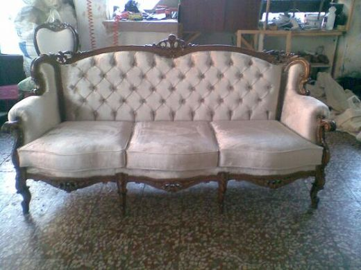 Chesterfield Sofa Antique Style, Traditional, Handmade English Chesterfield Sofa