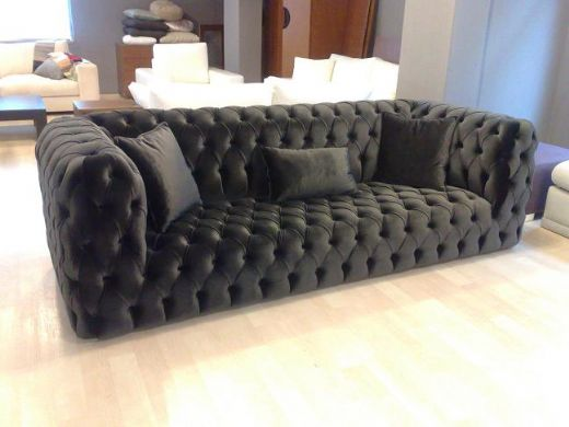 Chesterfield Couch Leather Chesterfield Couches and Settees