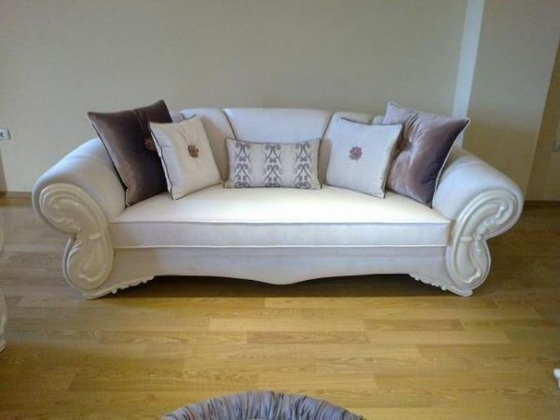 Classical Carved Sofa White Fabrics Handmade